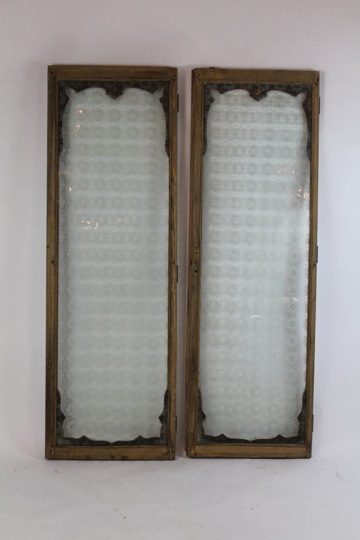 Pair of antique French distressed windows - 4