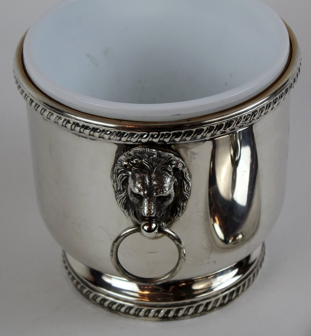 Silverplate ice bucket with lion head handles - 3