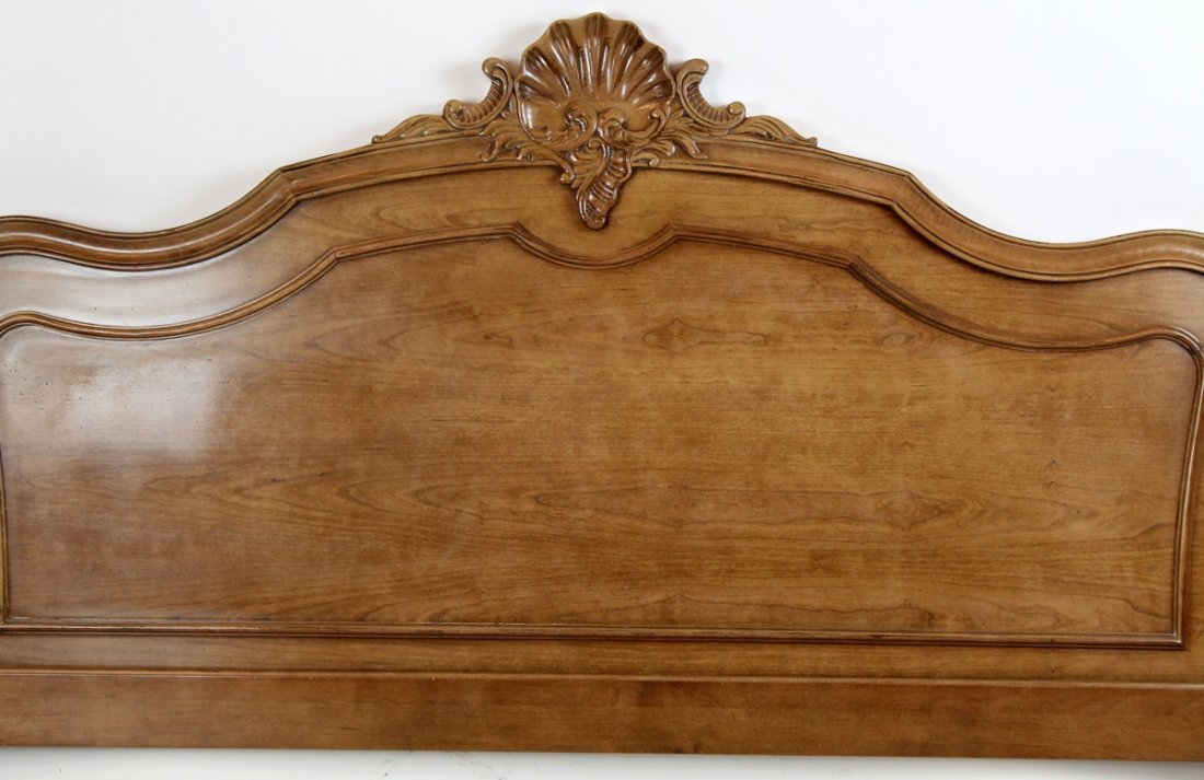 Century Provincial style queen bed - 2