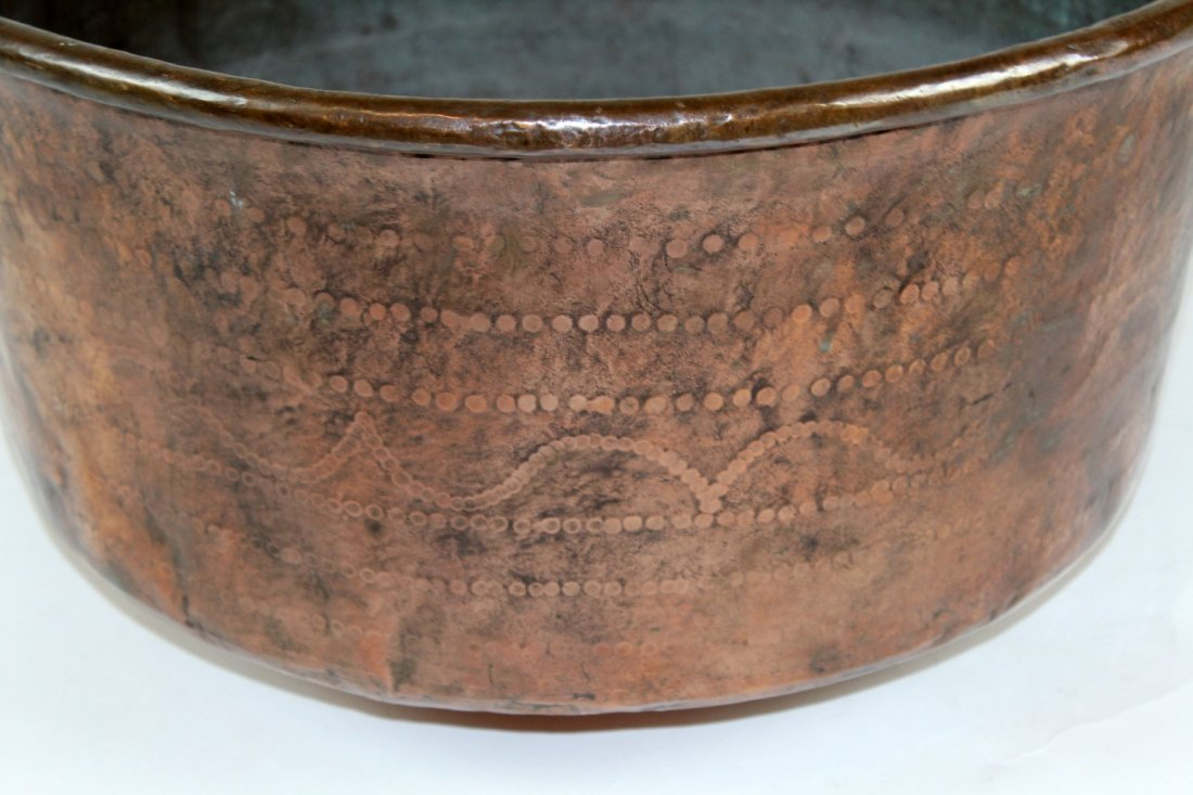Large antique French copper cauldron - 3
