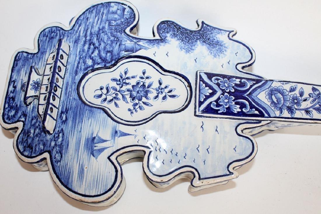 Delft porcelain string instrument form wall planter - 3
