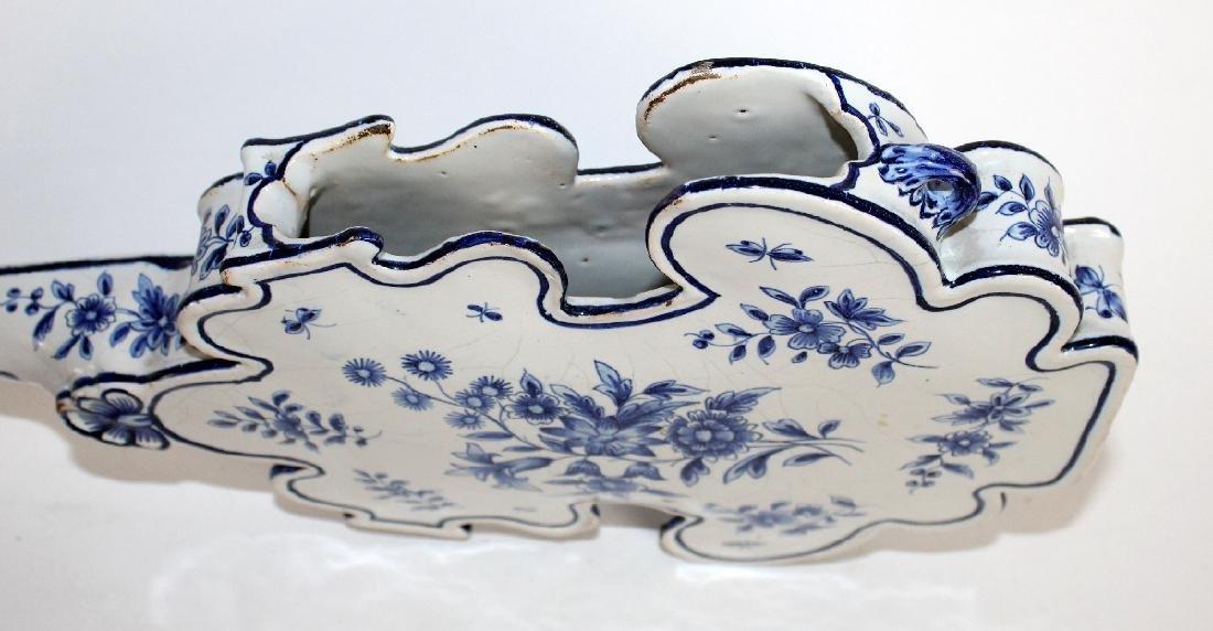 Delft porcelain string instrument form wall planter - 5