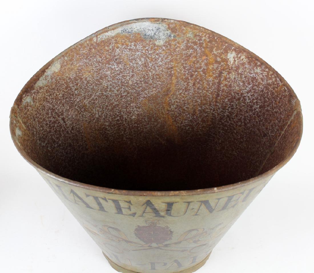 Vintage French metal grape hotte - 2