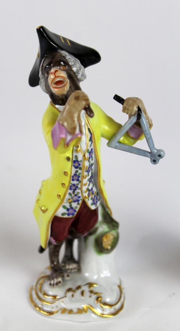 Lot of 2 Meissen porcelain monkey musician figurines - 2