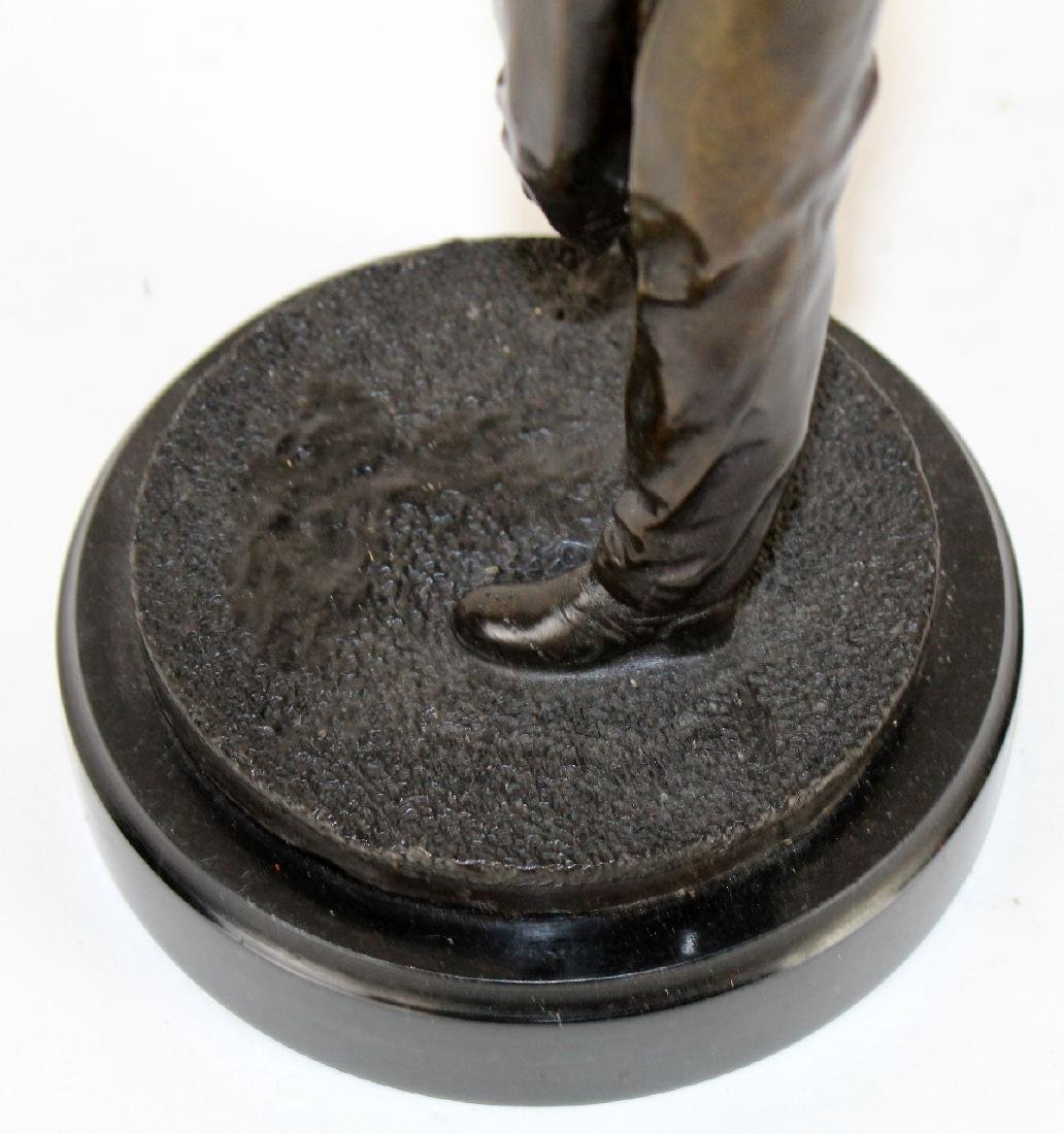 Bronze golfer statue on marble base - 2