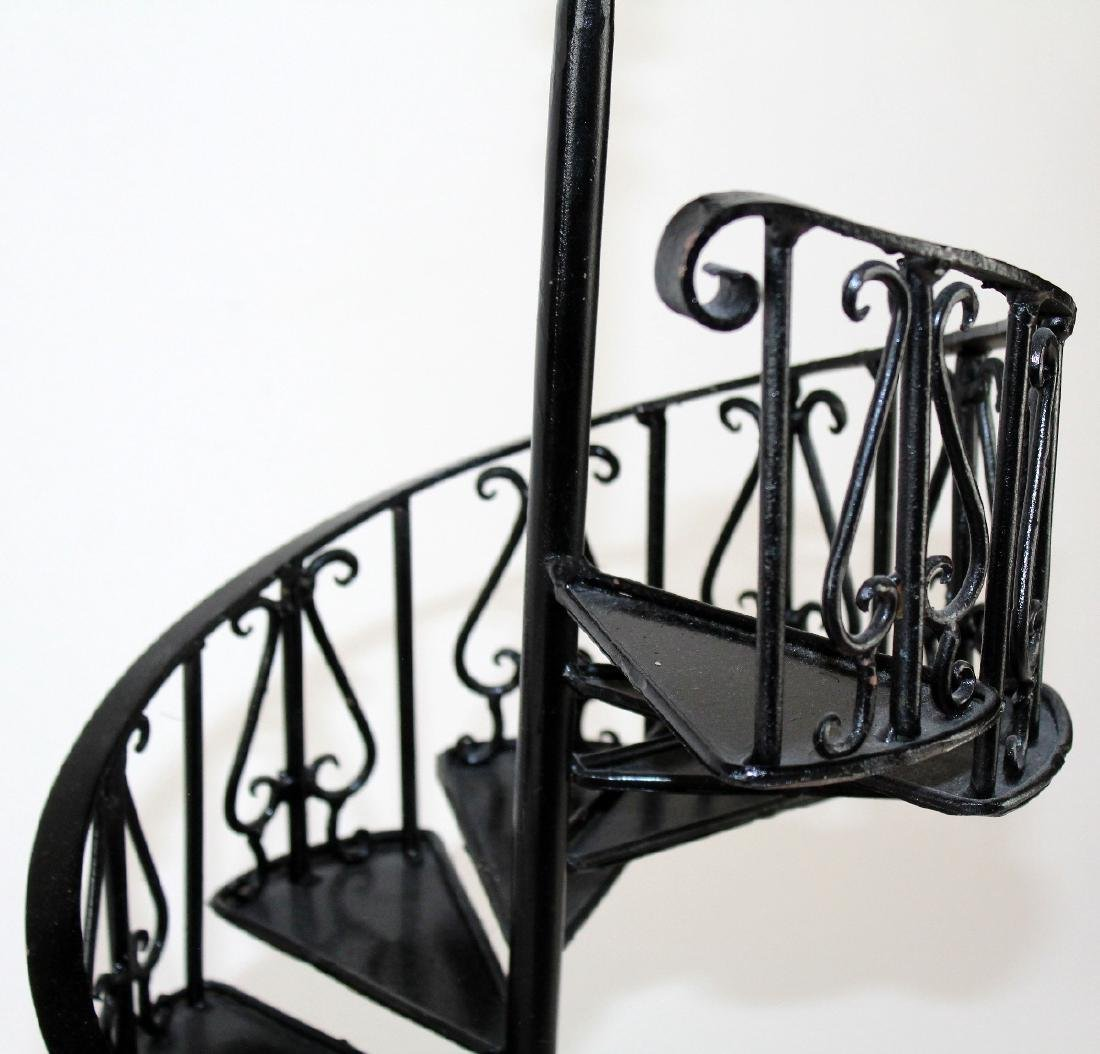 Iron spiral staircase model - 4
