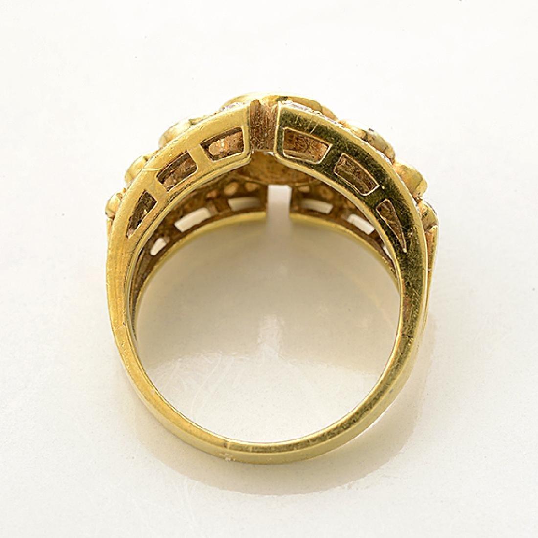 Diamond, 18k Yellow Gold Ring. - 3