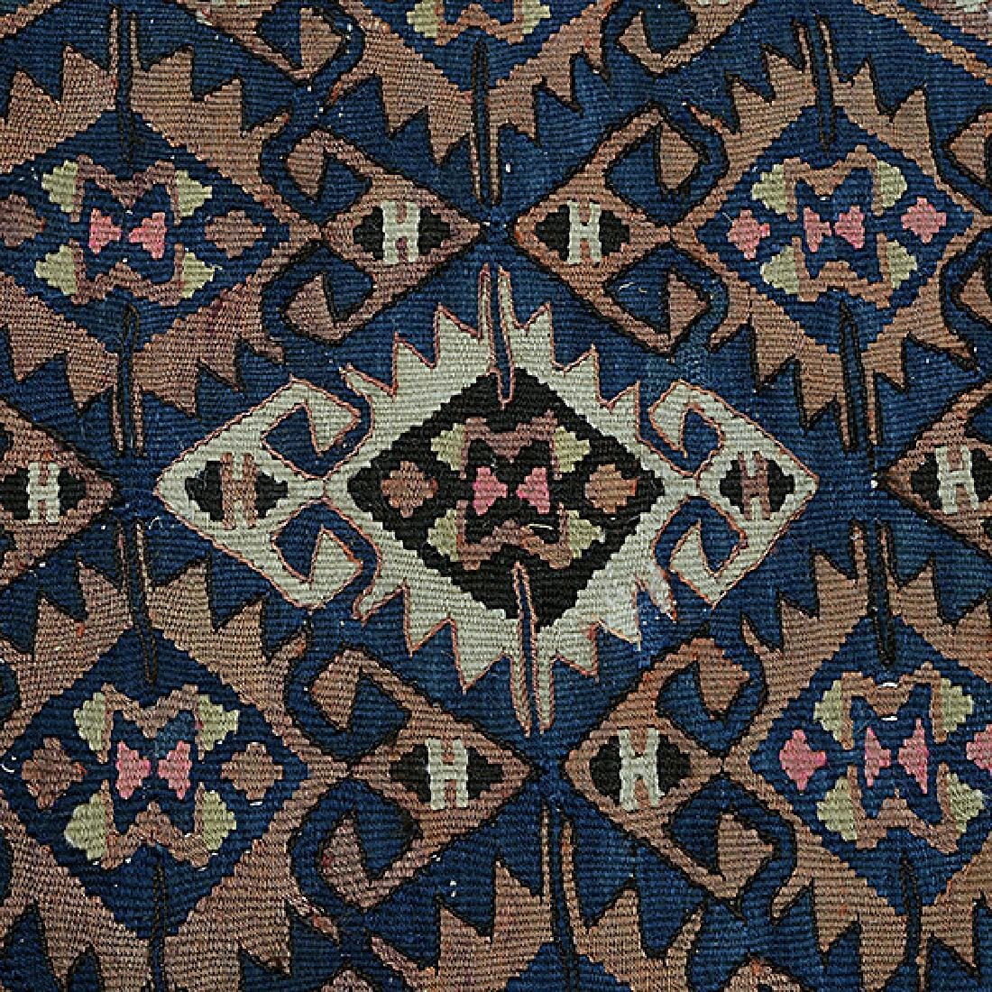 Qasqai Kilim Carpet: 4 feet 8 inches x 9 feet 11 inches - 2