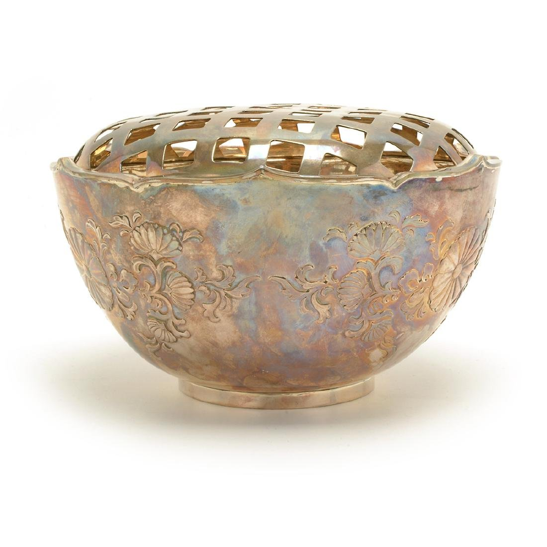 Foliated Silver Bowl and Lid, Early 20th Century - 2