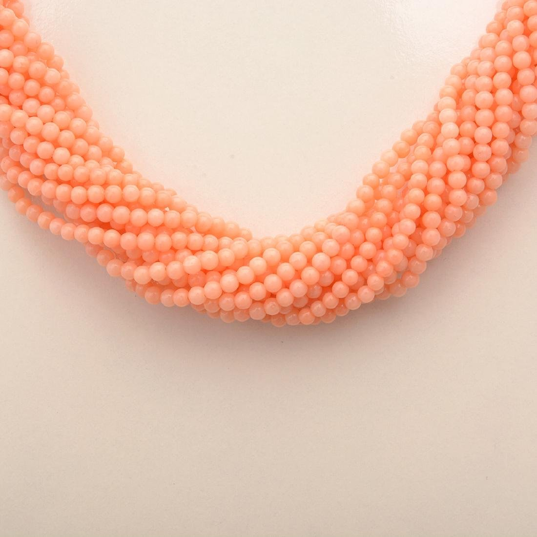 *Coral, 14k Yellow Gold Necklace. - 2