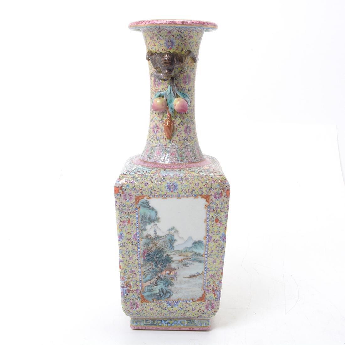 Famille Rose Square Form Vase, Republic Period - 5