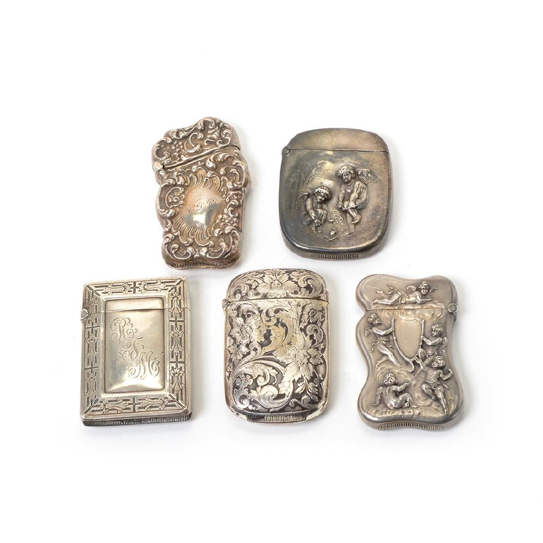 Collection of Silver Personal Articles in the Rococo - 2