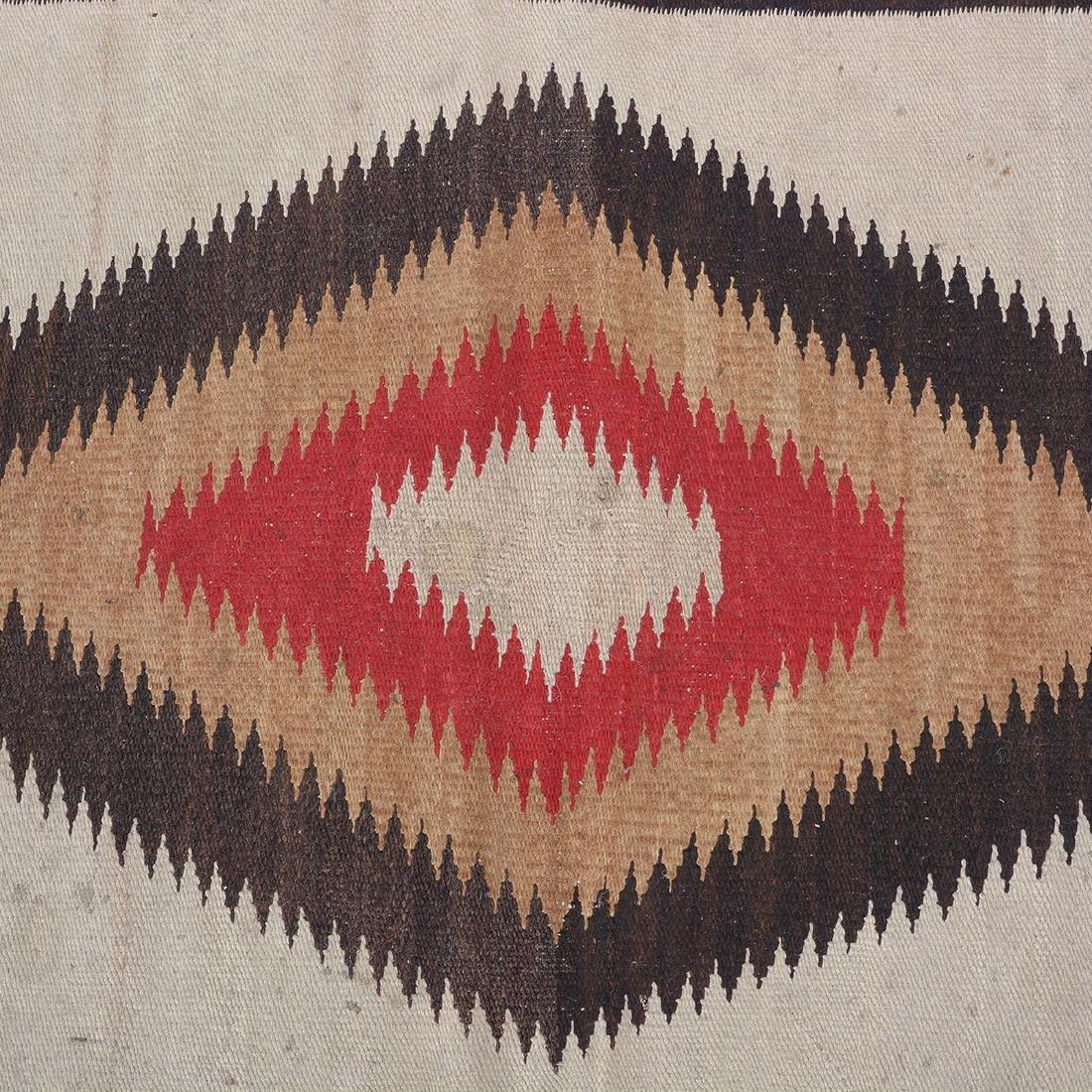 Navajo Dazzler Rug with ZigZag Design - 4
