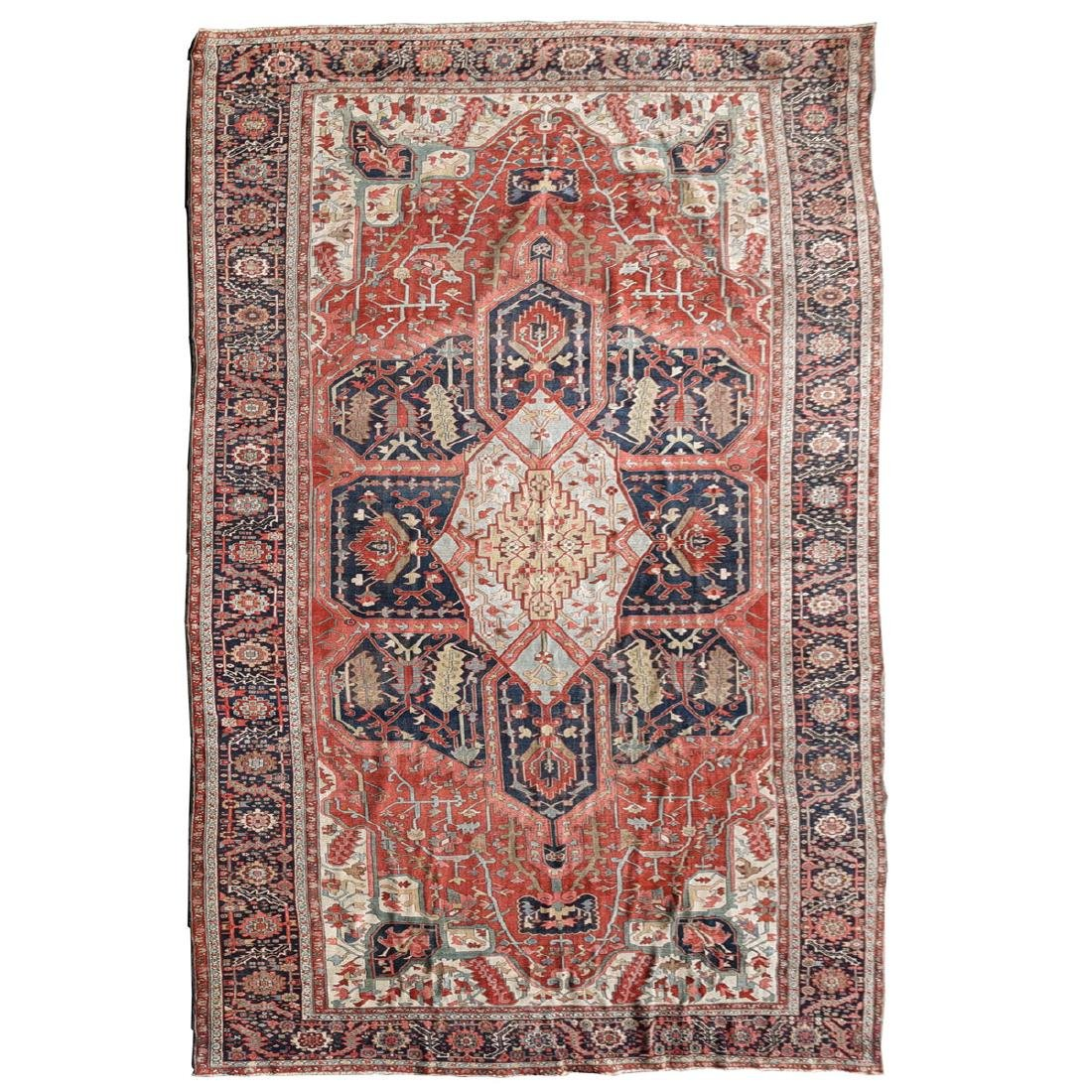 Palatial Serapi Carpet, Early 20th Century