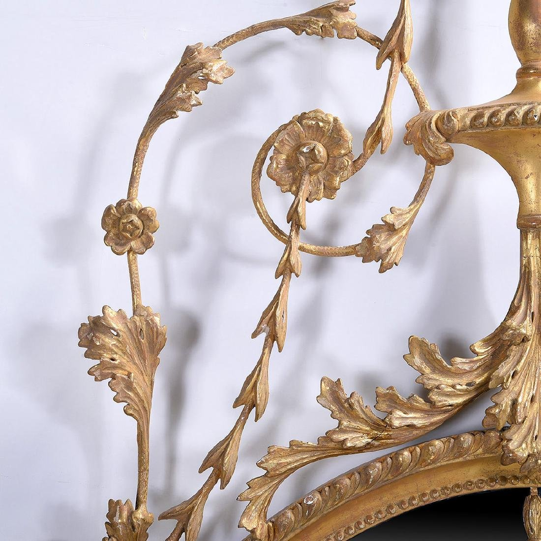 Exceptional Pair of George III Oval Mirrors in the - 4