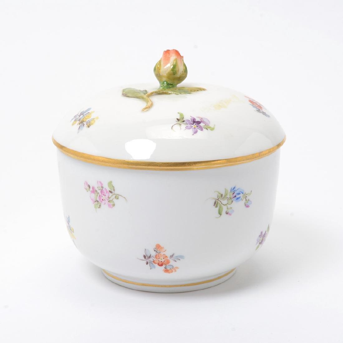 German Porcelain Bowl with Landscape Vignettes, 18th - 2