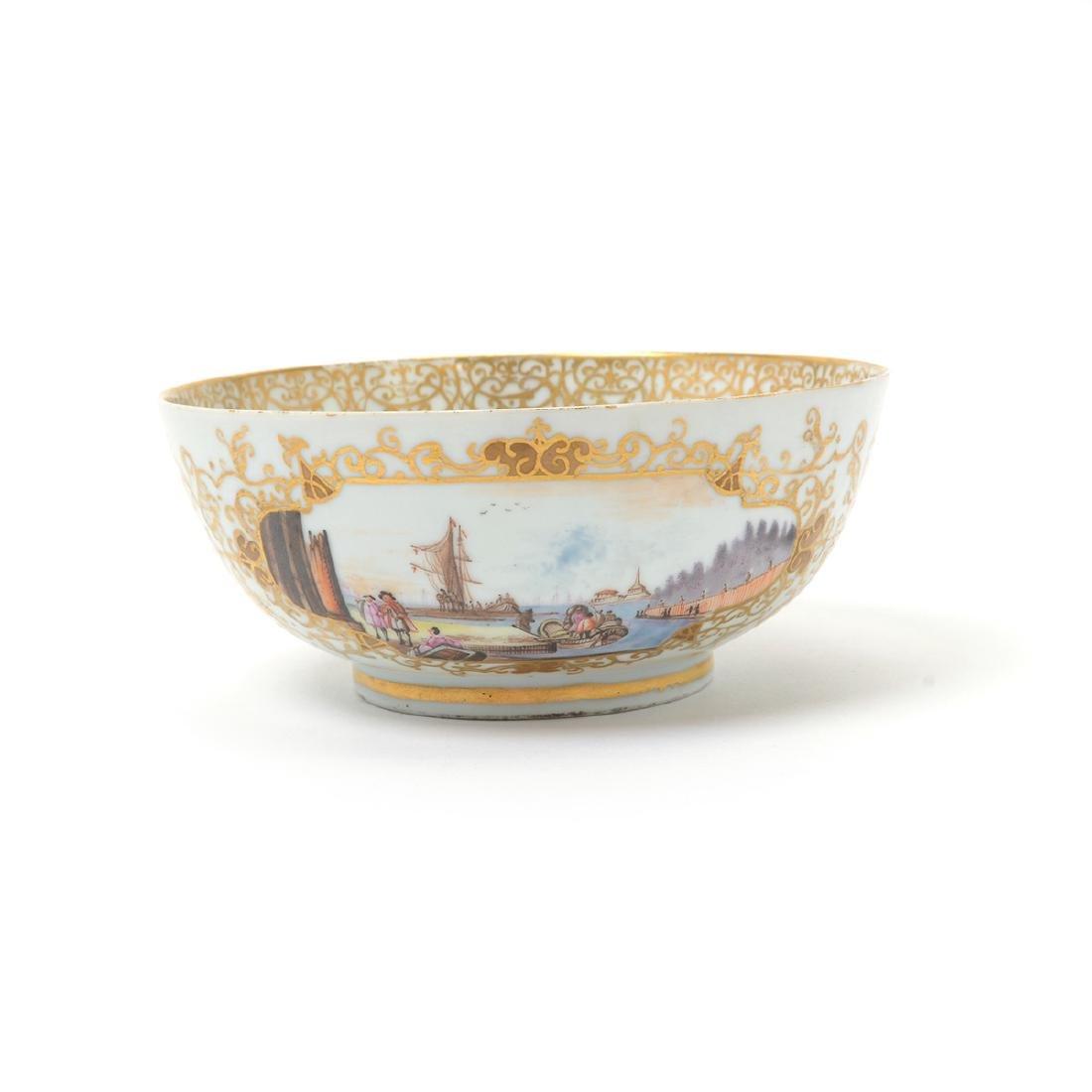 German Porcelain Bowl with Landscape Vignettes, 18th - 3