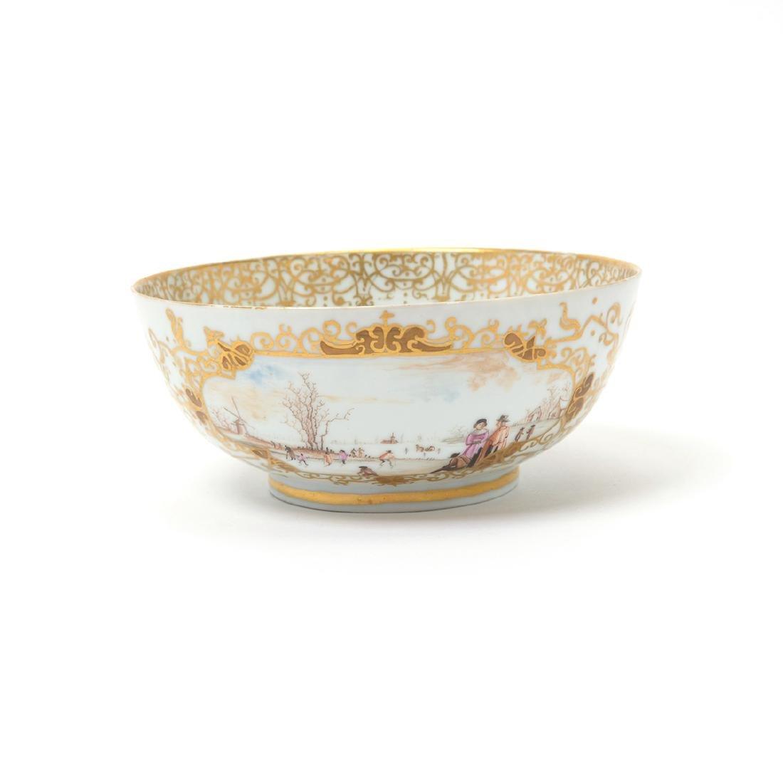 German Porcelain Bowl with Landscape Vignettes, 18th - 7