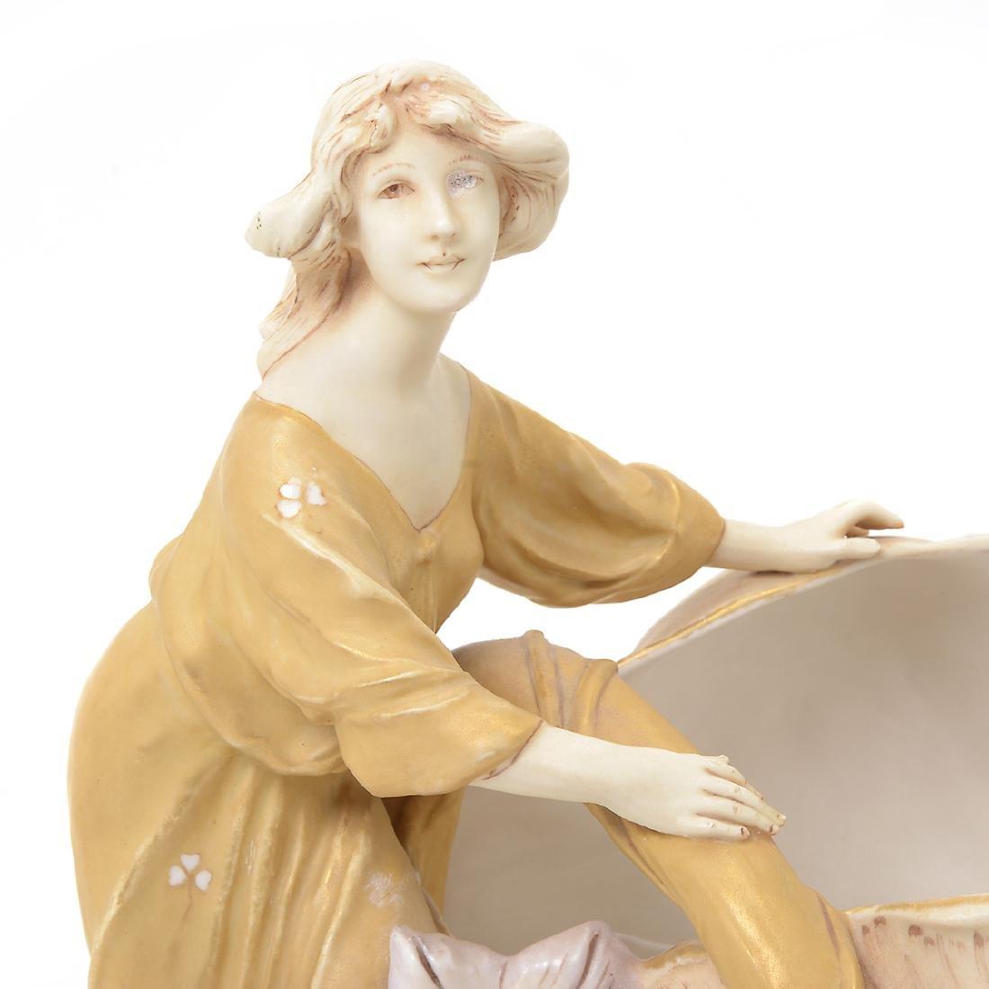 Two Royal Dux Porcelain Shell Form Centerpieces - 4