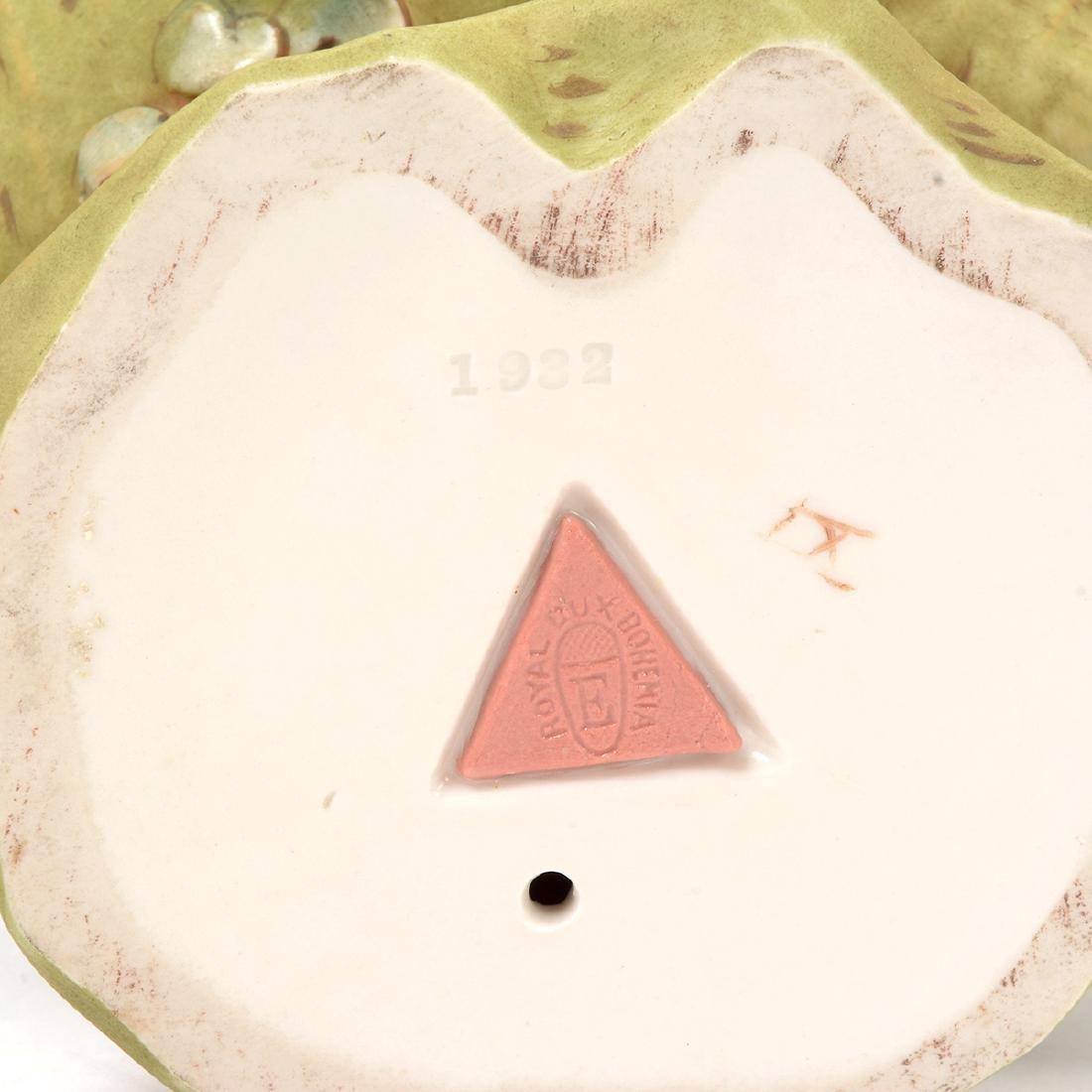 Two Royal Dux Porcelain Shell Form Centerpieces - 9