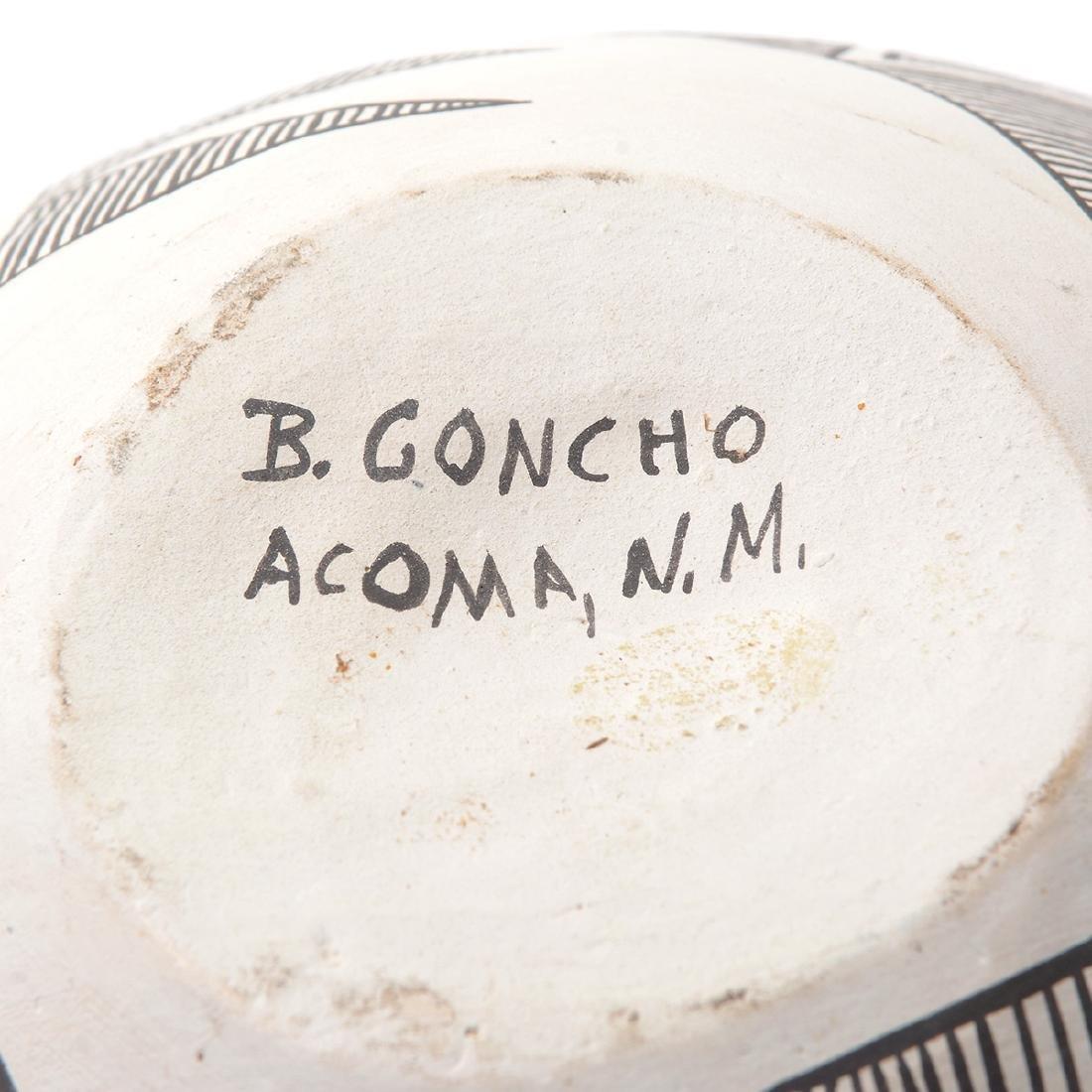 Acoma Geometric Vase with Lightning, B.Goncho, NM - 4