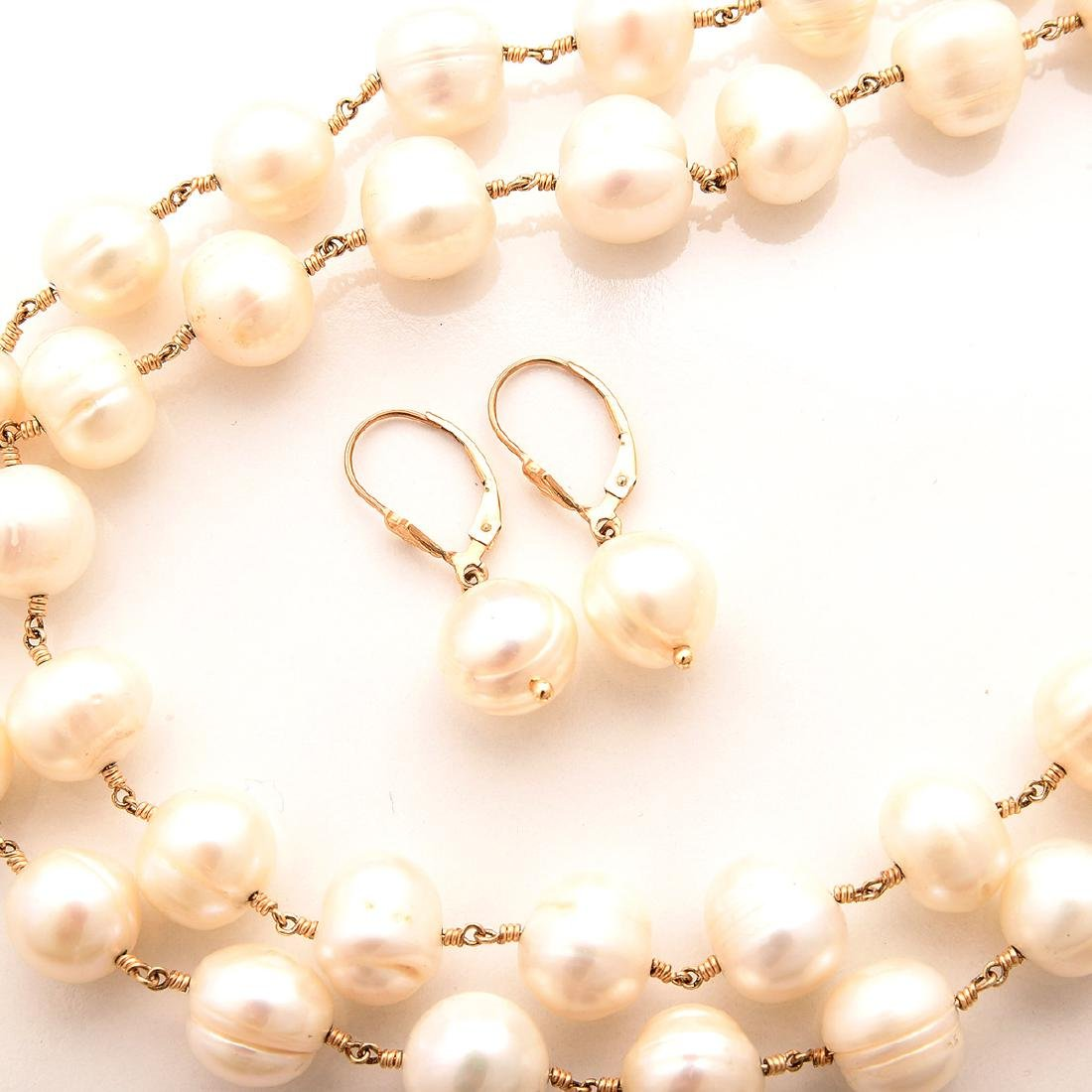 Freshwater Cultured Pearl, Jewelry Suite. - 2