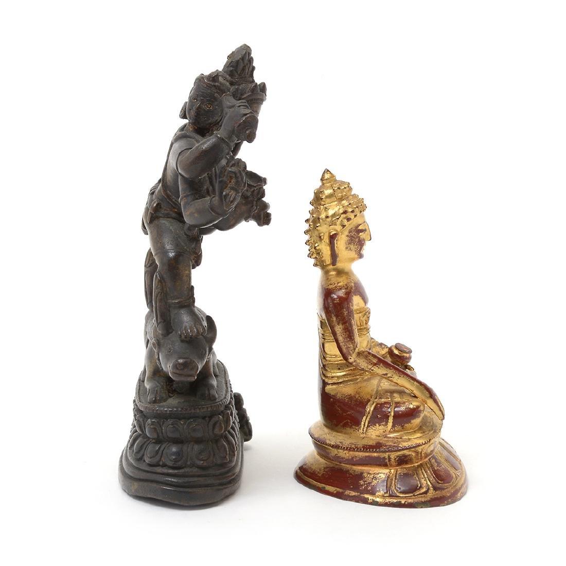 Two Bronze Buddhist Figures, 17th/18th Century - 5