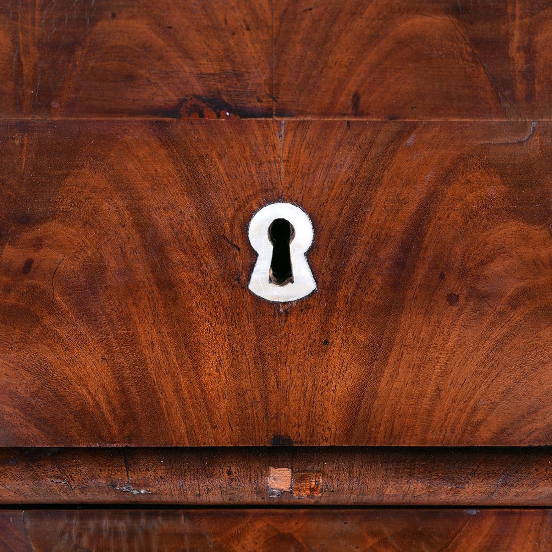 Biedermeier Style Mahogany Corner Cabinet, Horn - 3