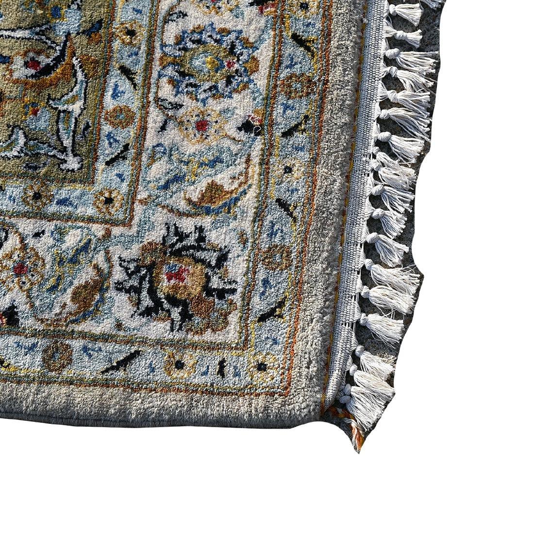 Large Indo-Kashan Ivory Field Wool Carpet - 2