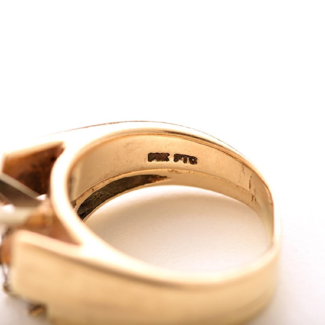 Diamond, 14k Yellow Gold Wedding Ring Set. - 4