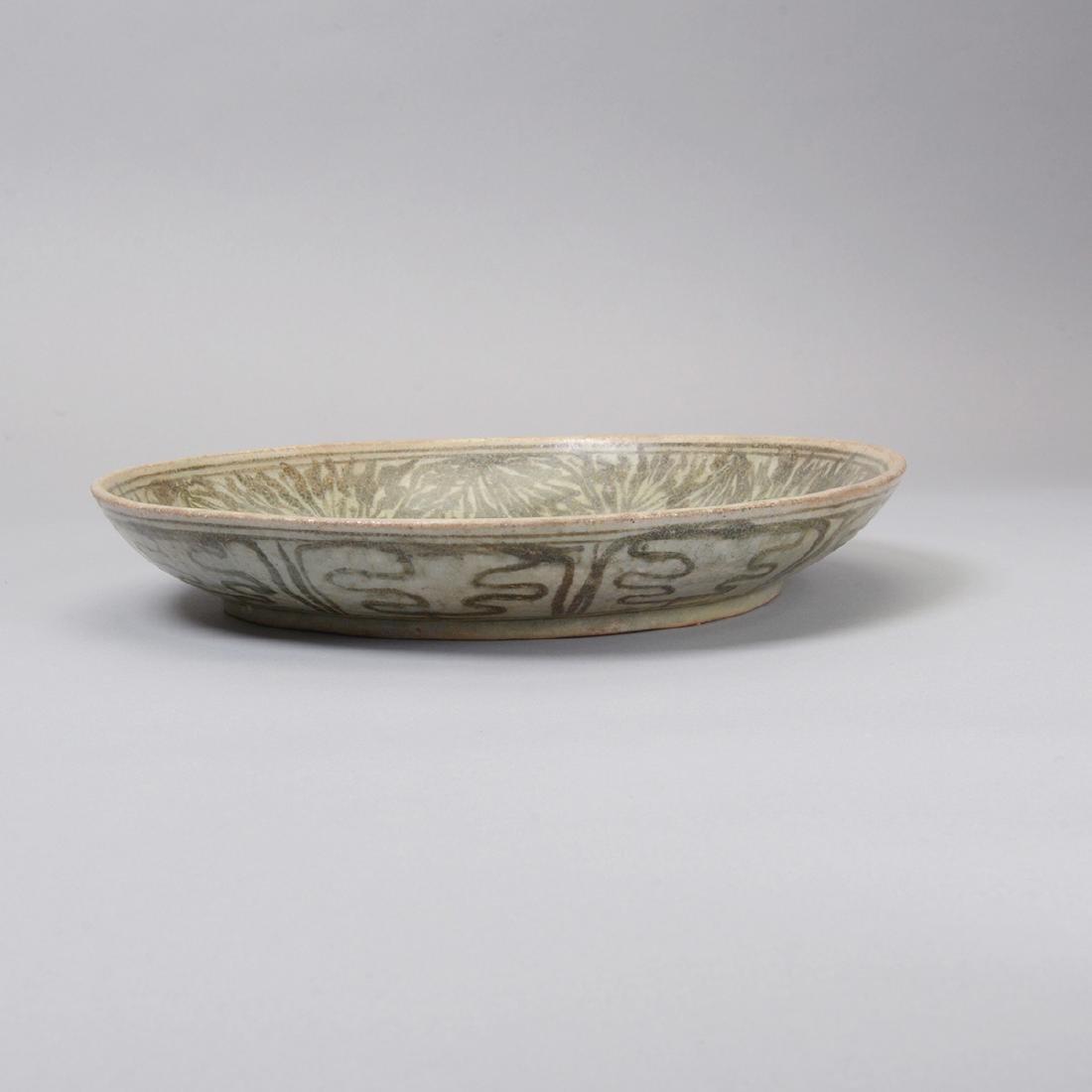Large Group of Thai Glazed Ceramics, 7th - 16th C - 4