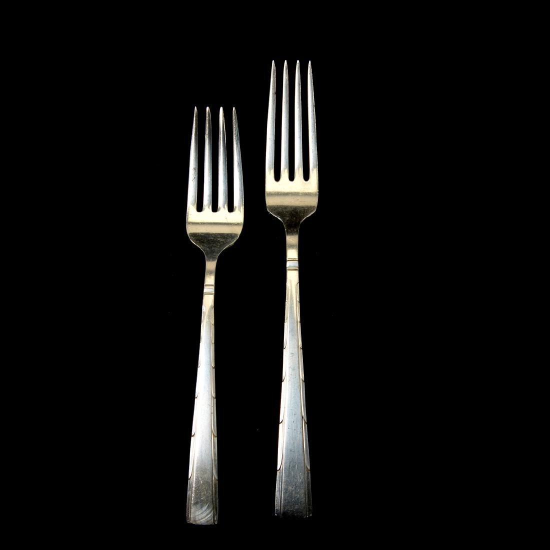 Partial Easterling Horizon Pattern Sterling Flatware - 6