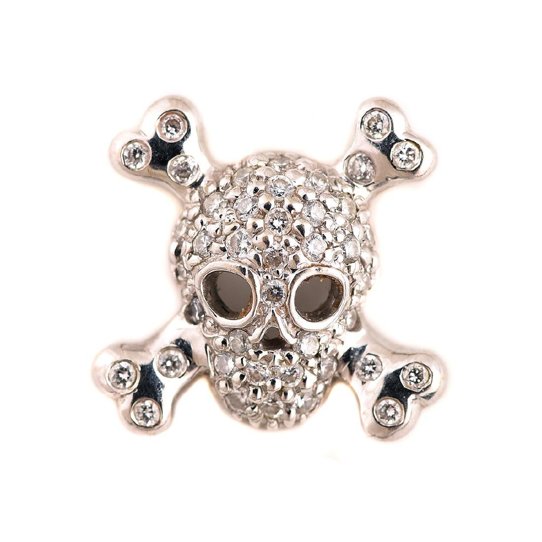"Roberto Coin ""Tiny Treasures"" Skull and Crossbones"