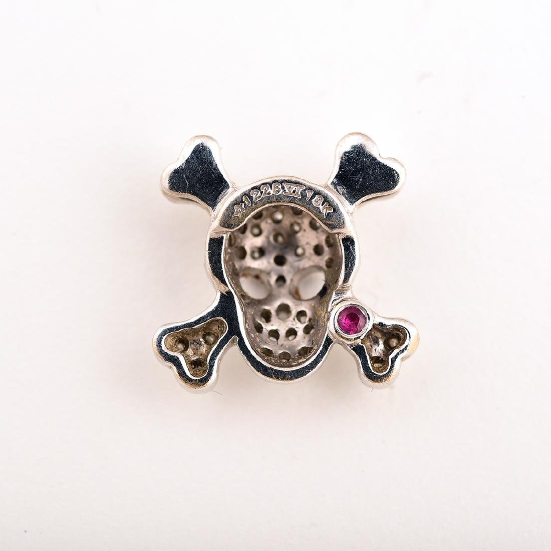 "Roberto Coin ""Tiny Treasures"" Skull and Crossbones - 3"