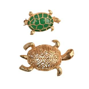 Collection of Two Chalcedony, 14k Yellow Gold Turtle