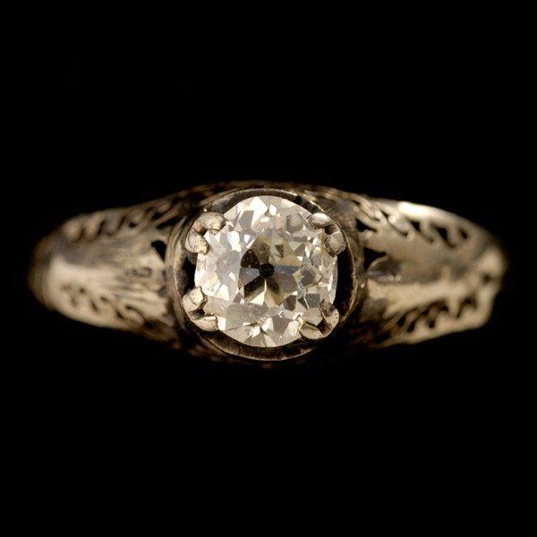 9: DIAMOND, 14K WHITE GOLD RING.