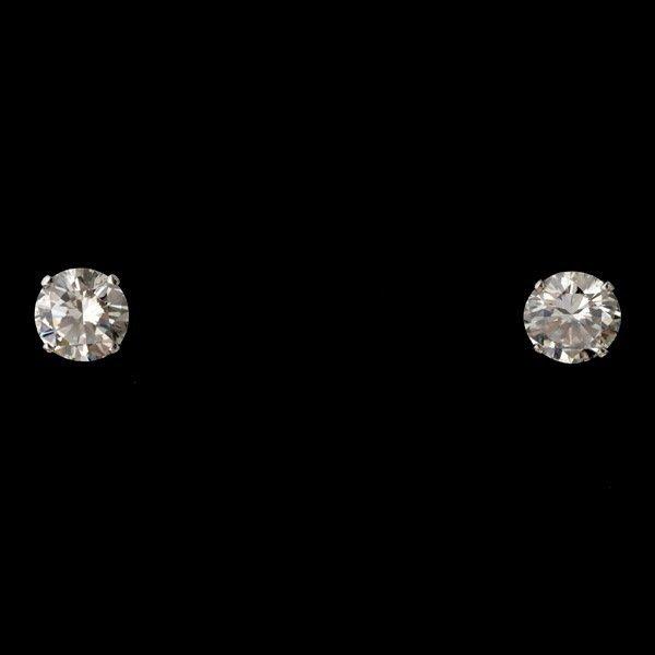 22: PAIR OF DIAMOND, PLATINUM EARRING STUDS.