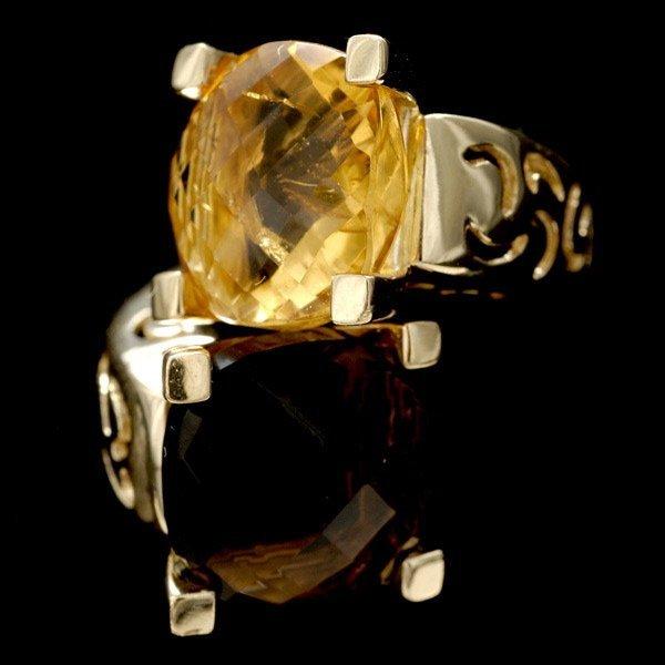1010: SMOKEY QUARTZ, CITRINE, 14K YELLOW GOLD RING.