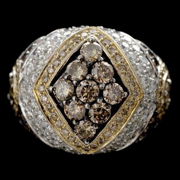 1022: DIAMOND, 18K WHITE GOLD RING.