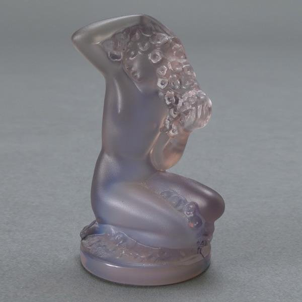 1202: Lalique France Seated Nude