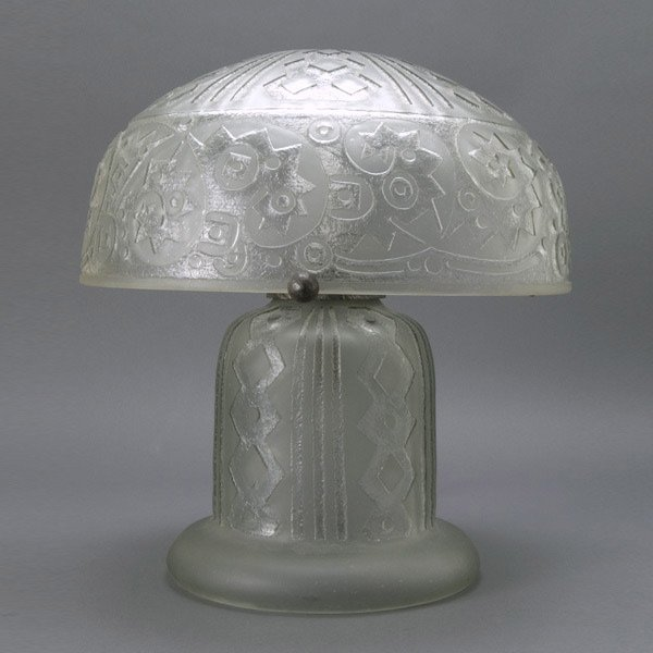 157: Daum Nancy Lamp, circa 1920