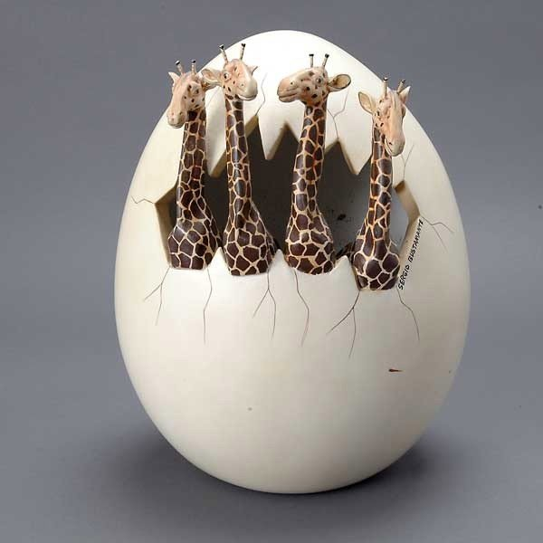 559: Two Sculpture Eggs by Sergio Bustamante - 3