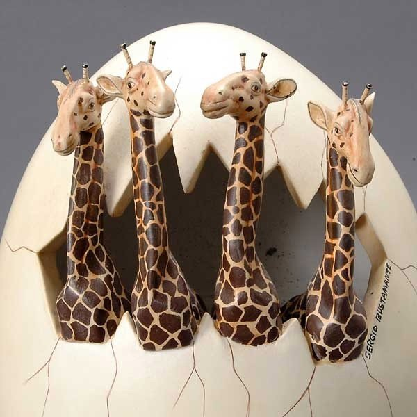 559: Two Sculpture Eggs by Sergio Bustamante - 4