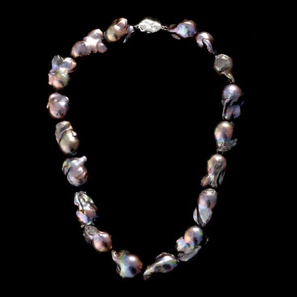 21: CULTURED PEARL METAL NECKLACE