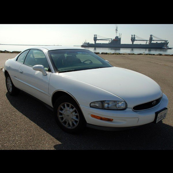 1: 1995 Buick Riviera Coupe