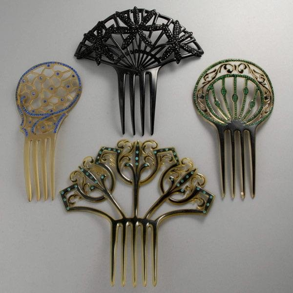 7: LOT OF CELLULOID RHINESTONE SPARKLE COMBS.