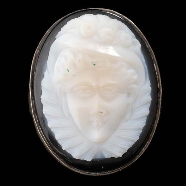 14: CARVED ONYX CAMEO, SILVER RING.