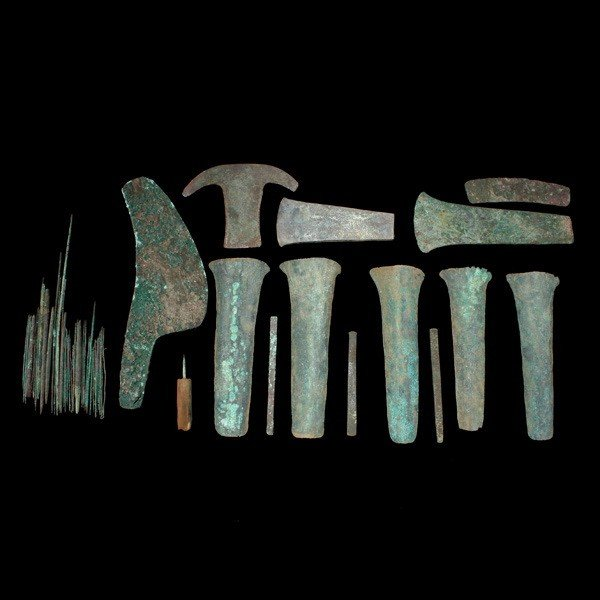 1001: collection pre-columbian metal tools