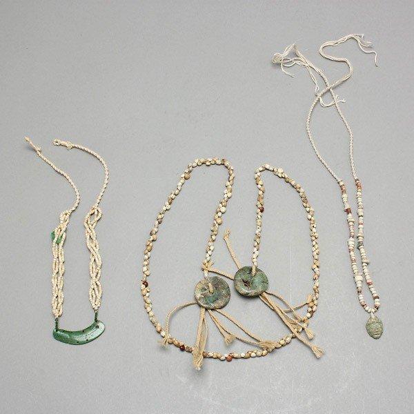 1004: three strands pre-columbian pendants