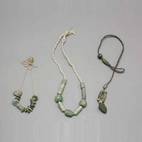 1005: 3 strands pre-columbian stone and jade beads